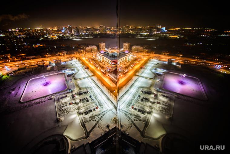 """Каток возле башни """"Исеть"""". Екатеринбург, отражение, каток, вид сверху"""