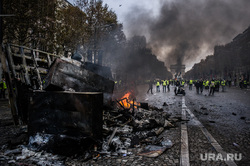 Акция протеста против повышения налога на бензин и дизельное топливо на Елисейских полях. Франция, Париж, пожар, париж, франция, поджог, акции протеста