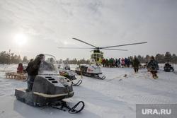 Жизнь оленеводов. Сургут, вертолет, нумто, ханты, кмнс, труднодоступный регион, снегоход буран