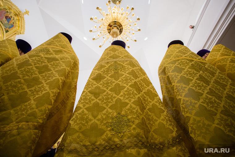 Визит патриарха Кирилла в Храм святой мученицы Татианы. Когалым , служба в храме, православные священники