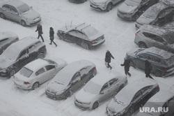 Снегопад. Челябинск, машины в снегу, снегопад, парковка, метель, зима, климат, погода
