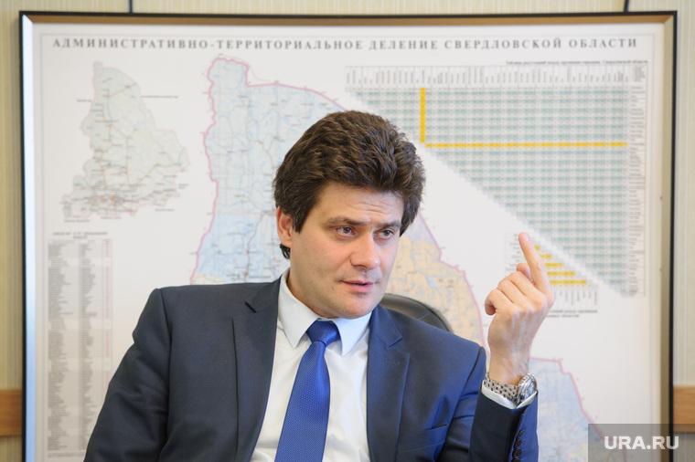 Интервью с Александром Высокинским. Екатеринбург, высокинский александр, указательный палец