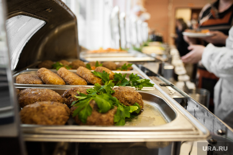 Дегустация нового меню в школе №55. Екатеринбург, столовая, общепит, еда, котлета, питание, школьное питание