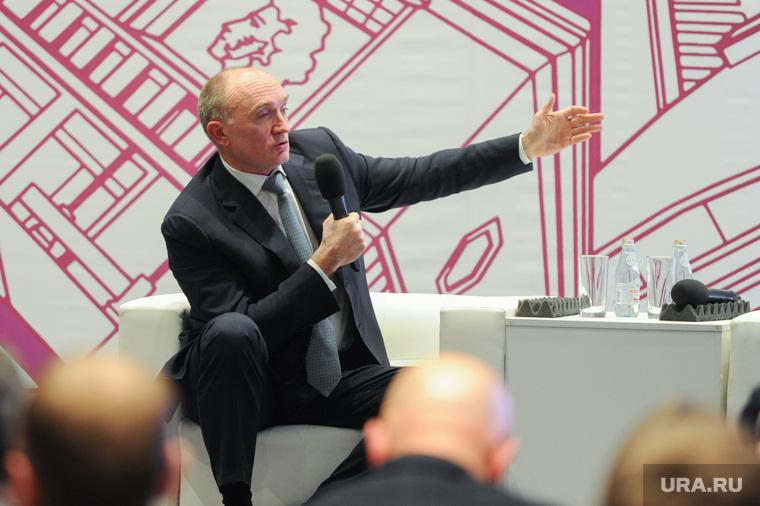 Презентация Архитектурной концепции Челябинска 2018. Челябинск, портрет, жест рукой, дубровский борис