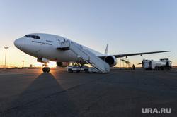 Боинг-777 в Челябинском аэропорту. Челябинск