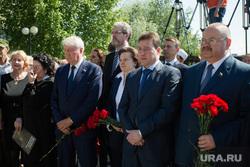 Митинг приуроченный к двадцатой годовщине трагической гибели мэра Нефтеюганска Владимира Петухова