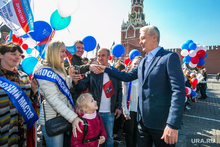 Первомайская демонстрация на Красной площади. Москва, собянин сергей, 1 мая, праздник труда, первомай