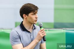 Зеленый марафон на легкоатлетическом стадионе имени Елесиной. Челябинске