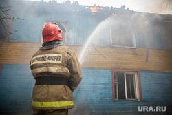 Пожар в расселенном доме, в поселке Солнечный. Сургут