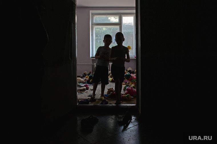 Беженцы из Славянска. Украина , детдом, сирота, беспризорники, дети