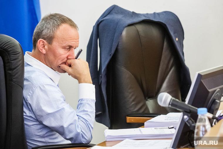 Гордума-комиссия по бюджету март 2014 Тюмень, задумчивость, чемезов олег