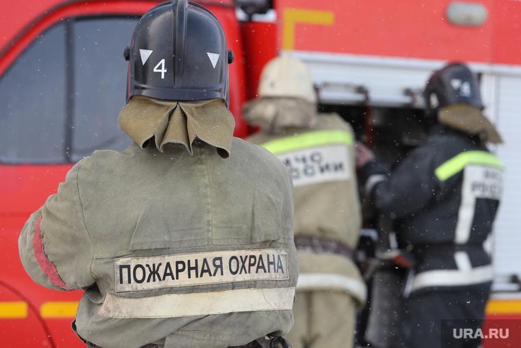 Пожарно-тактические учения МЧС на территории ТЦ ГиперСити. Курган, мчс, пожарная охрана, пожарные