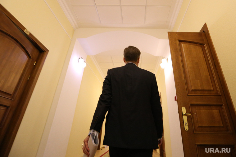 Итоговое совещание РСПП. Курган, чиновник, правительство, коридор администрации, коридор правительства