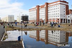 Правительственный субботник у Госпиталя ветеранов всех войн. Екатеринбург