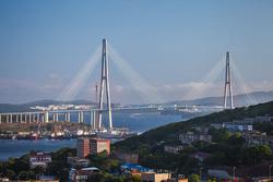 Мост на остров Русский вошел в топ-10 главных достопримечательностей России благодаря компании Руслана Байсарова