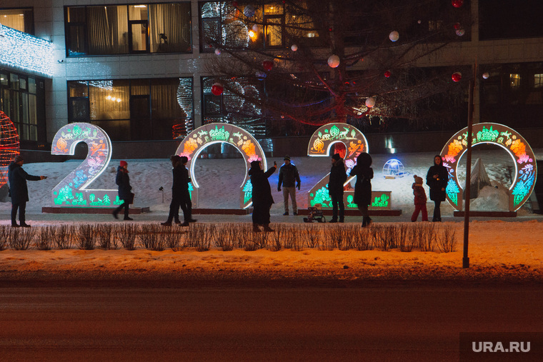 Украшение города к Новому Году. Пермь, украшение города, новогоднее оформление