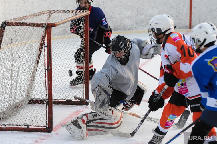 Детский дворовый хоккей. Матч команд ДДХЛ и Металлург(Карабаш). Челябинск