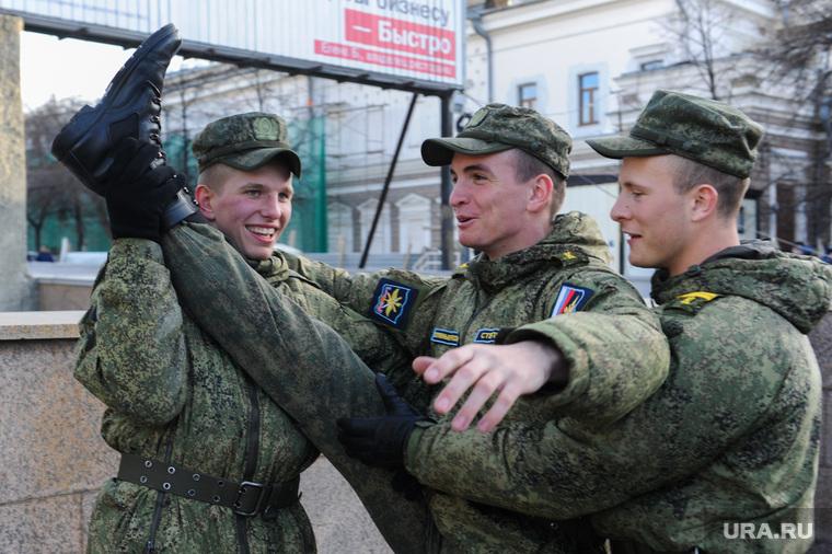 Репетиция торжественного построения к Дню Победы. Челябинск