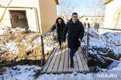 Поездка Алексея Текслера на аварию отопления в военном городке. Челябинская область. Чебаркуль