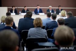 Встреча губернатора Максима Решетникова с главврачами пермских больниц по поводу развития системы здравоохранения. Пермь
