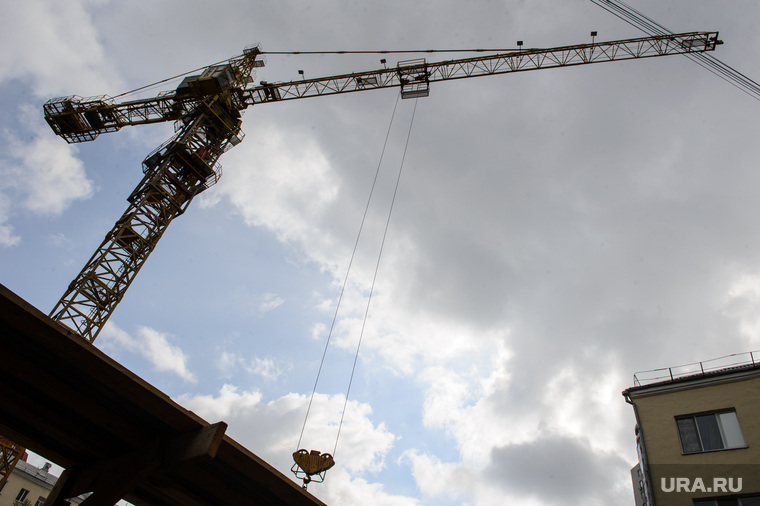 Виды Екатеринбурга, кран, строительная площадка, строительные работы, новое жилье, строительство, стройка