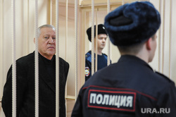 Продление меры пресечения Евгению Тефтелеву в Центральном суде. Челябинск