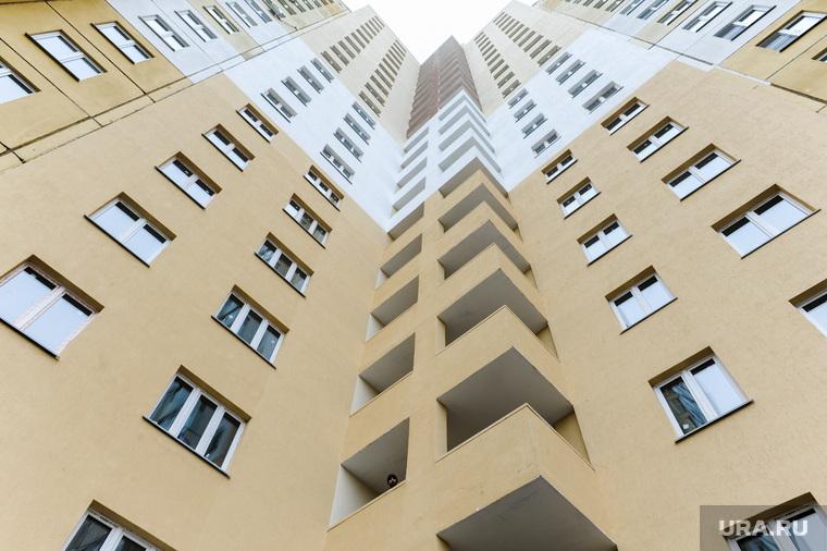 Рабочая поездка Текслера по недостроенным домам. Челябинск, балкон, новостройка, недвижимость, абстрактно