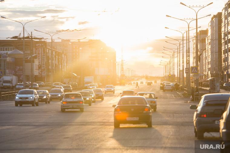 Поездка в Каменск-Уральский. Осмотр дорог города, чистоты улиц и т.д., закат, проезжая часть, каменск уральский, город