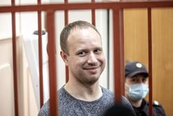 Андрей Левченко в Басманном районном суде во время заседания по избранию меры пресечения. Москва