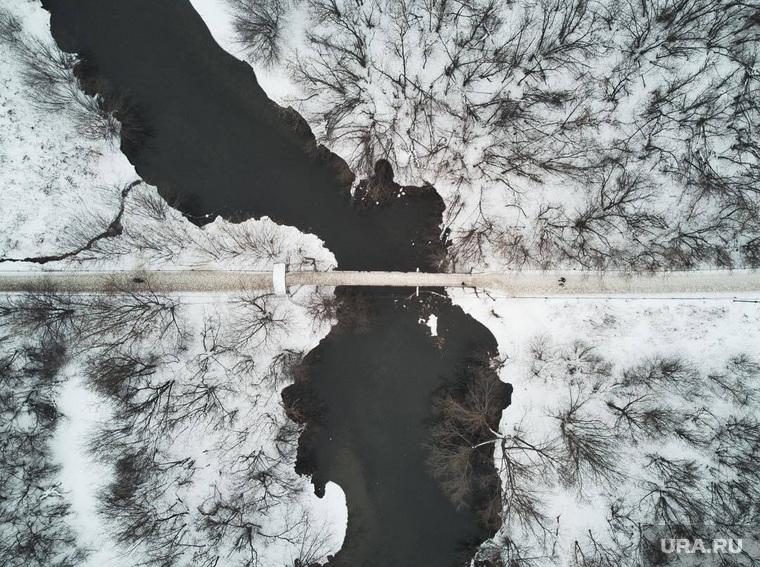 Река Исеть в районе парка Маяковского. Екатеринбург, мост, парк маяковского, зима, цпкио, исеть