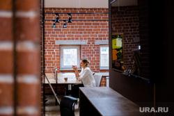 """Коворкинг в галерее """"Главный проспект"""" """"Work & Deal"""". Екатеринбург"""