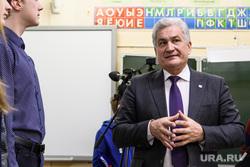 Евгений Куйвашев в поселке Ис. Свердловская область