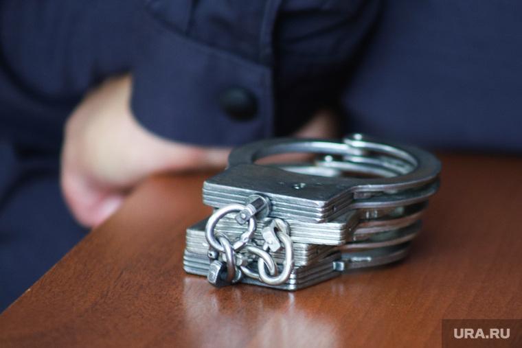 Судебное заседание по уголовному делу бывшего главы Кетовского района Носкову Александру. Курган, арест, тюрьма, криминал, наручники, конвой, задержание, преступление, опг