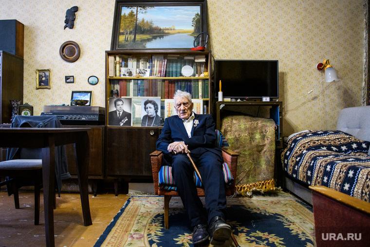 Квартира ветерана Великой Отечественной Войны Сергея Терехова после приборки и мелкого ремонта. Екатеринбург