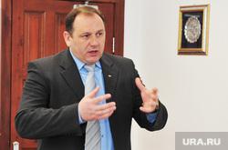 Ряшин Максим, глава администрации. Василий Филипенко, глава города. Ханты-Мансийск