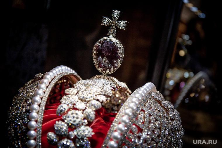 Выставка «Сокровища России» и «Junwex Premium». Екатеринбург, корона российской империи