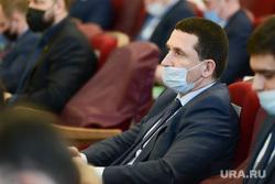 Депутаты в масках на Законодательном собрании. Челябинск