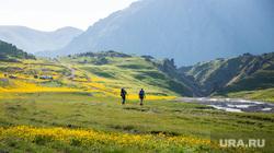Кавказские горы в окрестностях Эльбруса