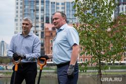Открытие велнес-площадки и посадка яблонь на набережной городского пруда. Екатеринбург