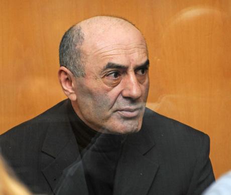 Организатор убийства директора челябинского ФОМС Мурадян скончался за решеткой. У него не выдержало сердце