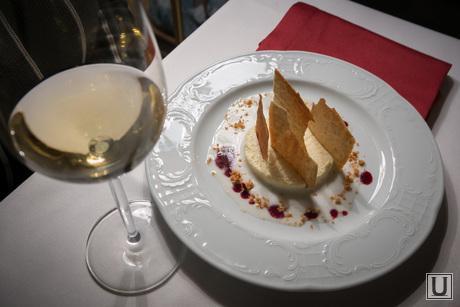 13.10.23. Castorka, ресторанная еда, вино, десерт
