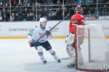 Хоккейный матч Автомобилист - Металлург 5:4