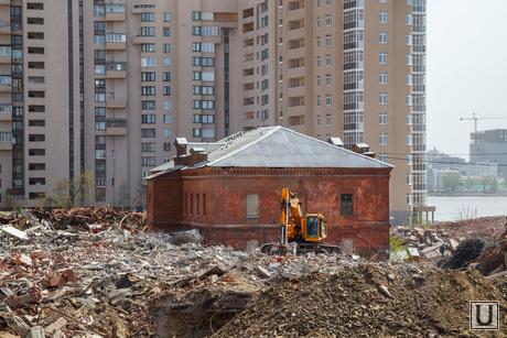 Восстановили крышу памятника архитектуры на территории ЕМЗ. Екатеринбург, памятник архитектуры, мукомольный завод, ЕМЗ