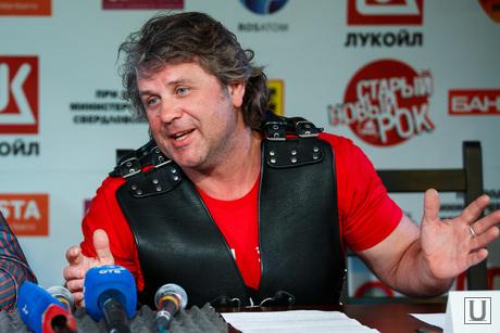 Пресс-конференция по СНР на Волне-2014. Екатеринбург, универсал олег
