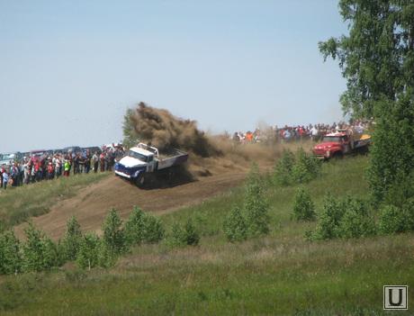 Гонки на грузовиках, гонки, заборка, автокросс