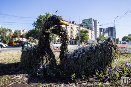 Уличные скульптуры. Тюмень