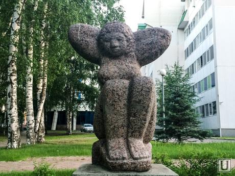 Скульптуры Ханты-Мансийск
