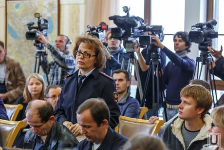 Пресс-конференция Евгения Ройзмана по поводу убийства. Екатеринбург, журналисты, пресс-конференция, пелевина нина