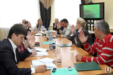 Заседания избиркома Курган, голосование, члены избирательной комиссии