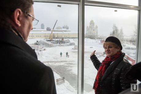 Павел Креков осматривает ТЮЗ. Екатеринбург, учайкина светлана